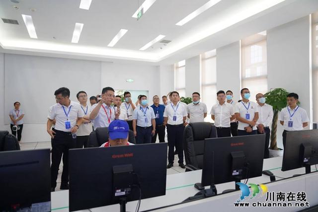 泸州、上海、深圳三会场同步连线 2021中国电子(泸州)数字经济生态大会召开(图20)